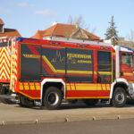 Beschriftung eines Einsatzfahrzeugs der Feuerwehr Aldenhoven