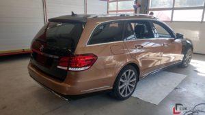 Mercedes während Vollfolierung