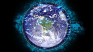 Die Erde mit Gitternetzlinien und blau aufleuchtenden Punkten an der Oberfläche