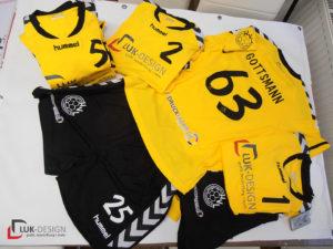 gelbe Trikots des Handballvereins Luckenwalde